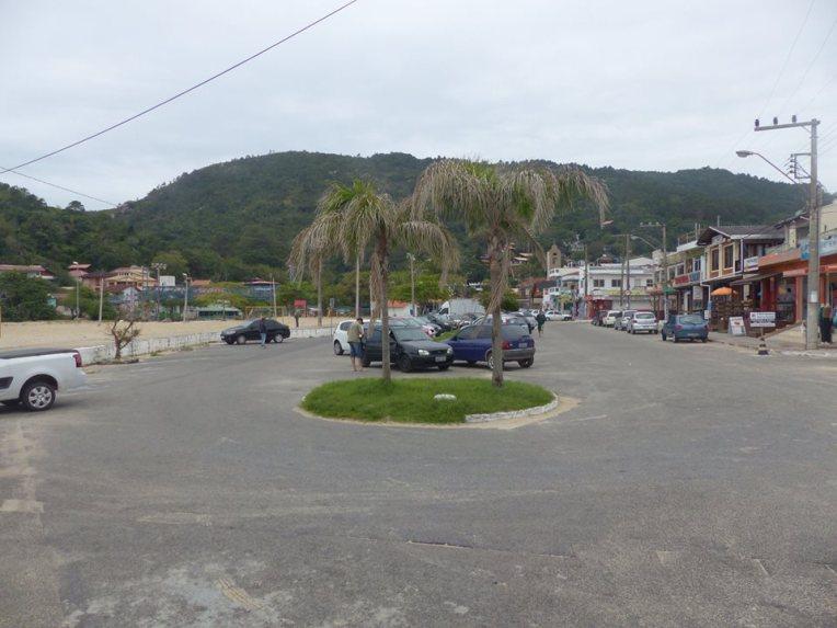 Kylän keskustaa